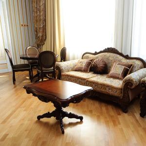 Посольский Люкс 2-х местный 2-комнатный / AMBASSADOR LUXE