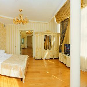 Золотой Люкс 2-х местный 3-х комнатный / GOLDEN LUXE